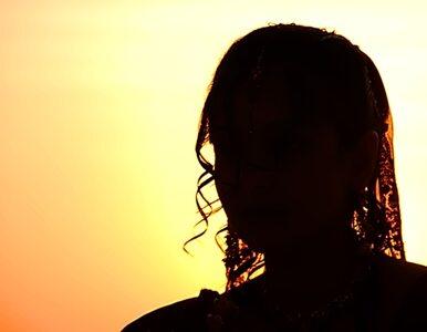 Indie: 20-latka wielokrotnie zgwałcona i podpalona
