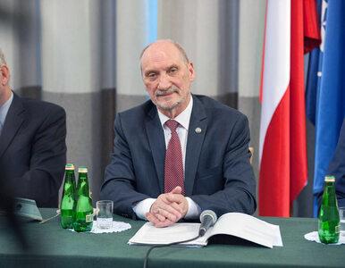 Macierewicz wytknął błąd portalowi TVP Info. O jaką kwestię chodzi?