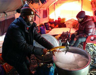 Niezwykłe zdjęcia z wyprawy na K2. Tak himalaiści pozyskują wodę