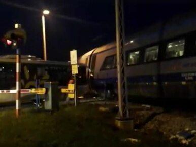 Pendolino zderzyło się z autobusem, który z nieznanych przyczyn stanął...