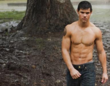 """Taylor Lautner, bohater serii """"Zmierzch"""". Jak dziś wygląda aktor?"""