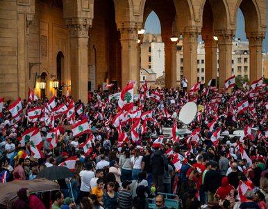 Liban. Protestujący utworzyli ludzki łańcuch przez cały kraj