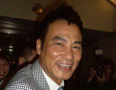 Aktor Simon Yam zaatakowany na scenie przez nożownika. Został dźgnięty w...