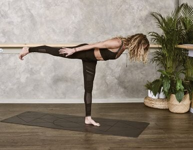Pilates na bóle pleców i wzmocnienie mięśni głębokich. Kilka ćwiczeń dla...