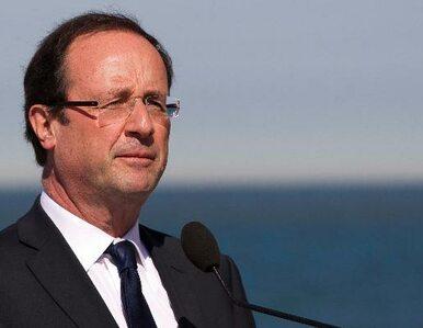 Sarkozy wciąż przegrywa z Hollandem