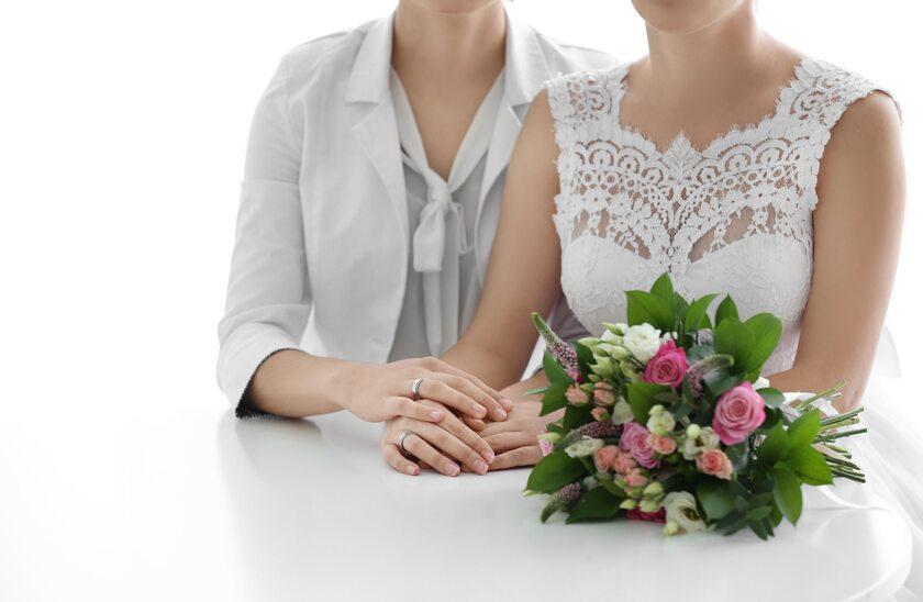 Małżeństwo dwóch kobiet, zdjęcie ilustracyjne