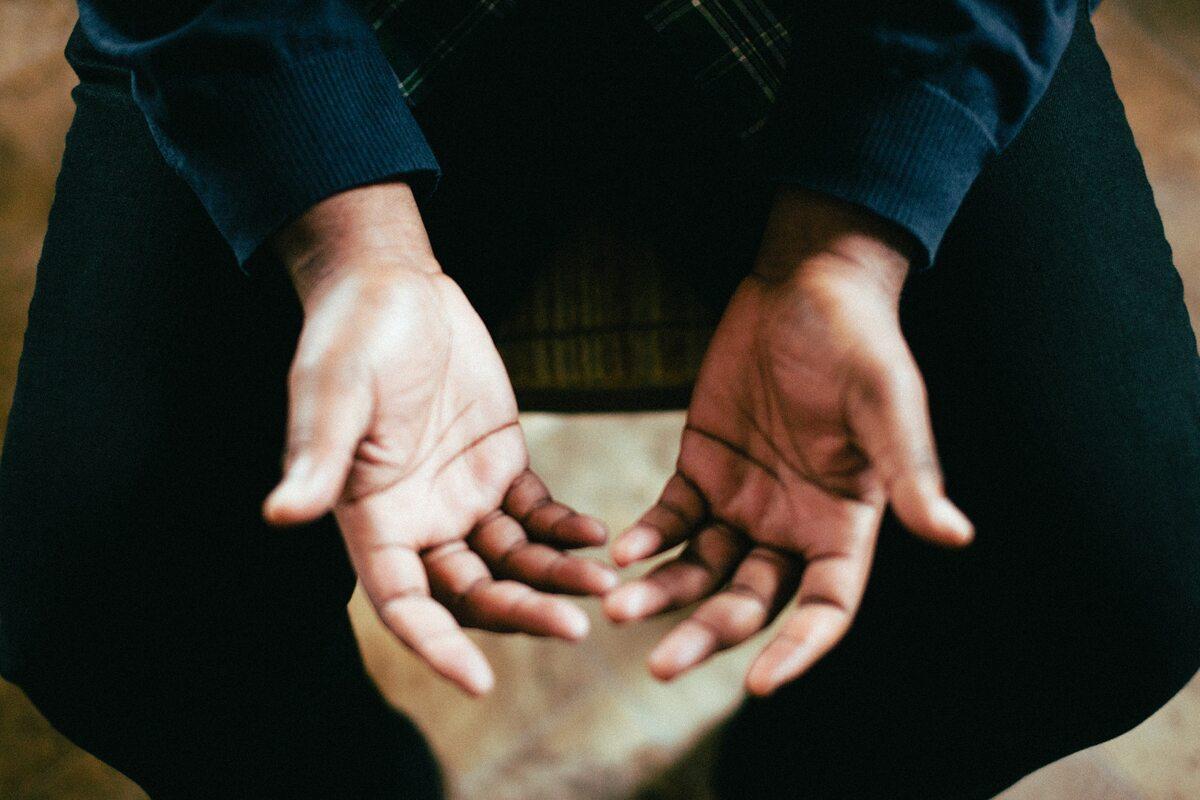 Dłonie Zdjęcie ilustracyjne