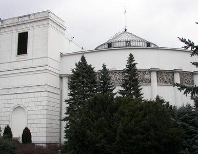 """Kościół prosi o """"poszanowanie wolności sumienia parlamentarzystów"""""""