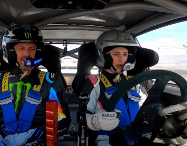 Zobacz jak Ken Block uczy driftu swoją 13-letnią córkę