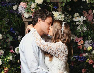 Bindi Irwin i Chandler Powell wzięli ślub w australijskim zoo....