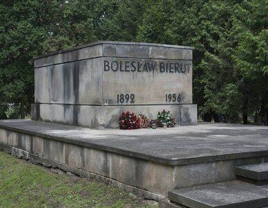 Co najmniej 8 grobów zbezczeszczono na Powązkach