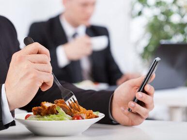 """Naukowcy przeanalizowali """"korpo menu"""". Wyniki są niepokojące"""