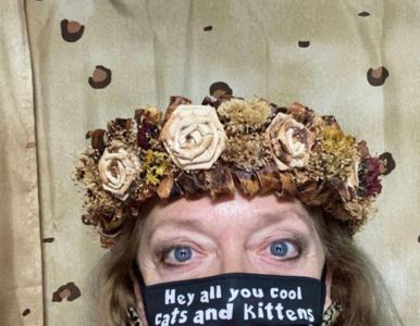 """""""Król tygrysów"""". Carole Baskin sprzedaje maseczki ze swoim słynnym sloganem"""