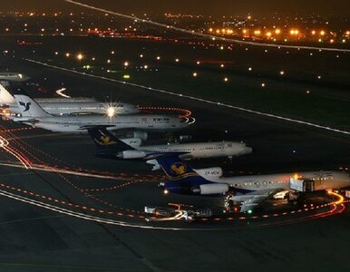 Samolot zapalił się na lotnisku. Na pokładzie było ponad 100 osób