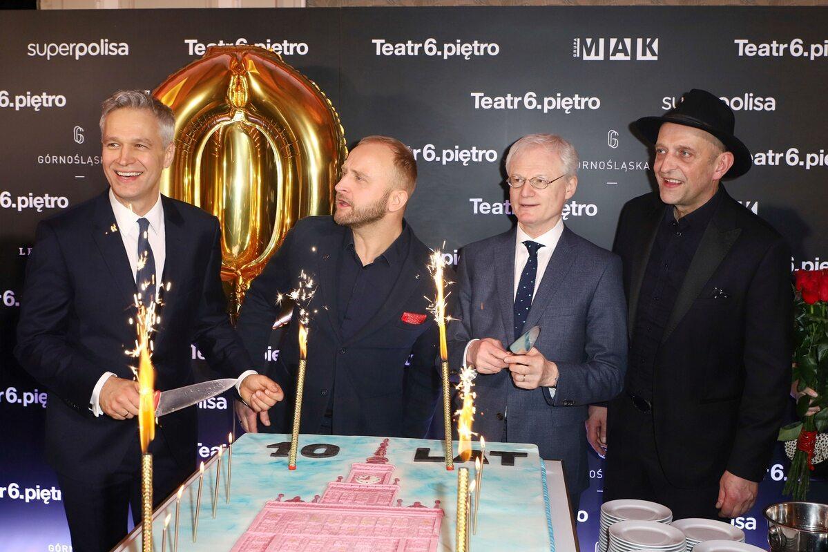 Tak Michał Żebrowski wyglądał 15 lutego, podczas urodzin Teatru 6. piętro