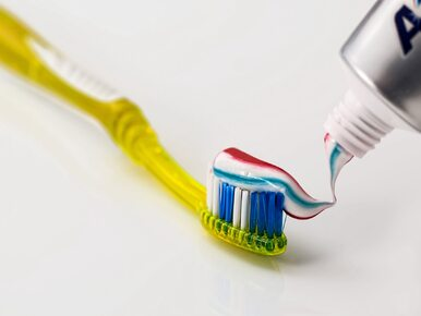 Potrafi zdziałać cuda! Wiedziałeś o tych zastosowaniach pasty do zębów?
