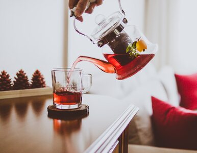 Picie gorącej herbaty drastycznie zwiększa ryzyko raka przełyku